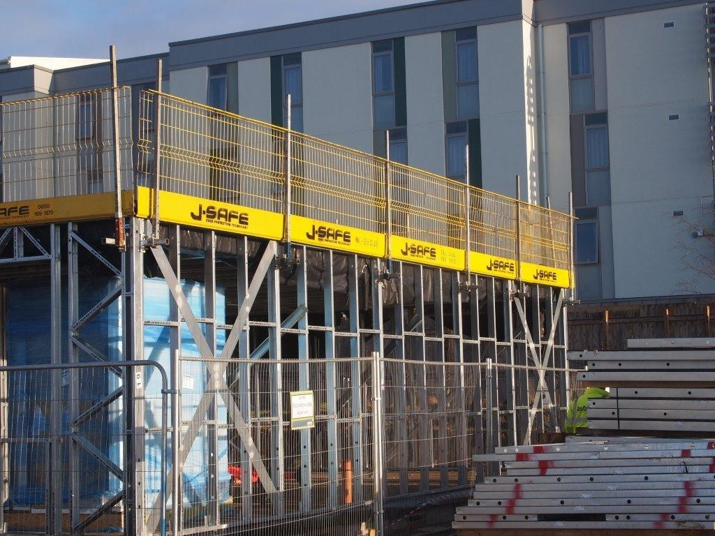 Modular Steel J Safe Ltd Temporary Edge Protection Systems