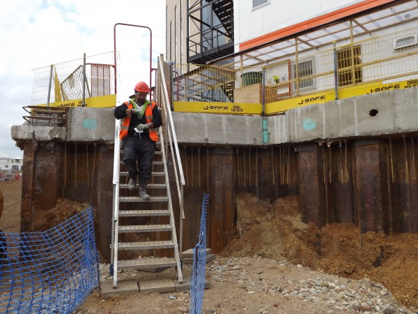 j-safe_adjustable site stair