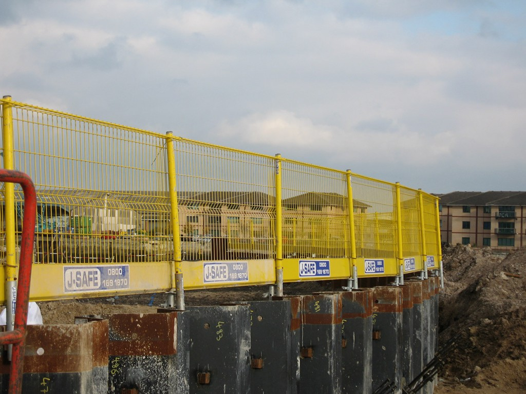 Excavations J Safe Ltd Temporary Edge Protection Systems
