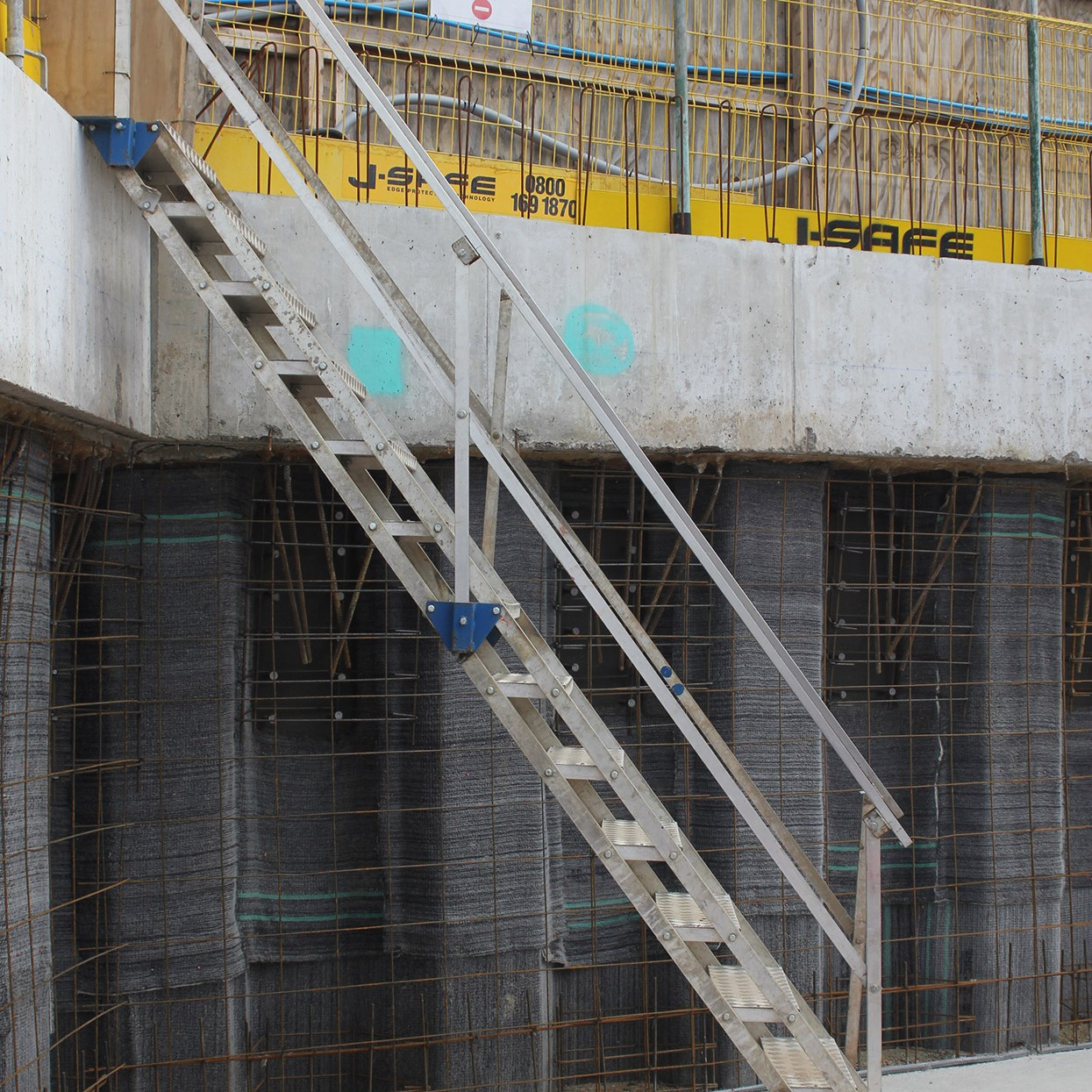 Site Stairs Amp Embankments J Safe Ltd Temporary Edge