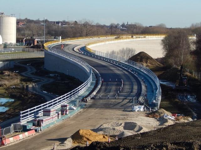 edge protection_Carillion_Tinsley viaduct parapet_J-SAFE
